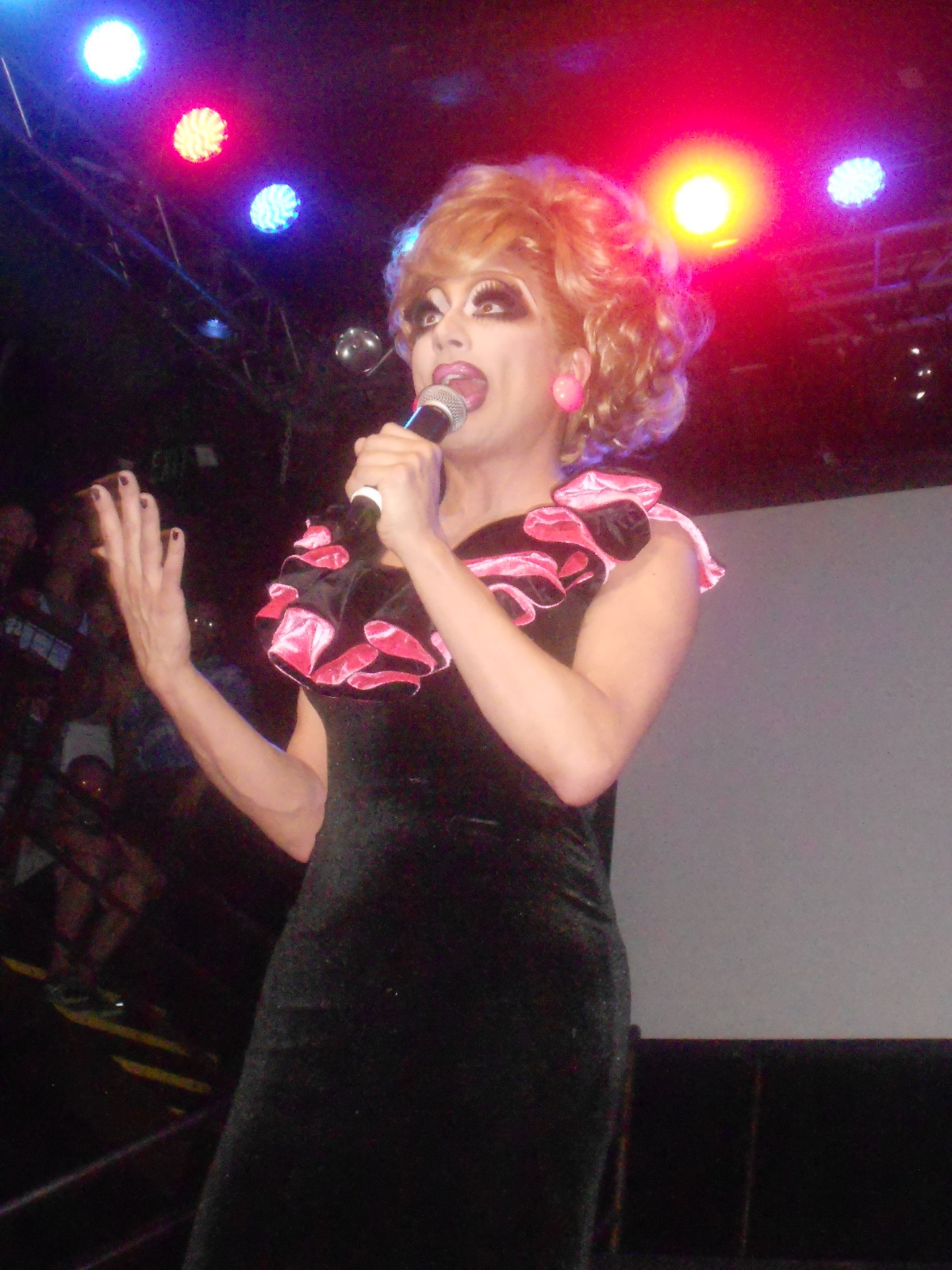 Bianca Del Rio onShe-Mail